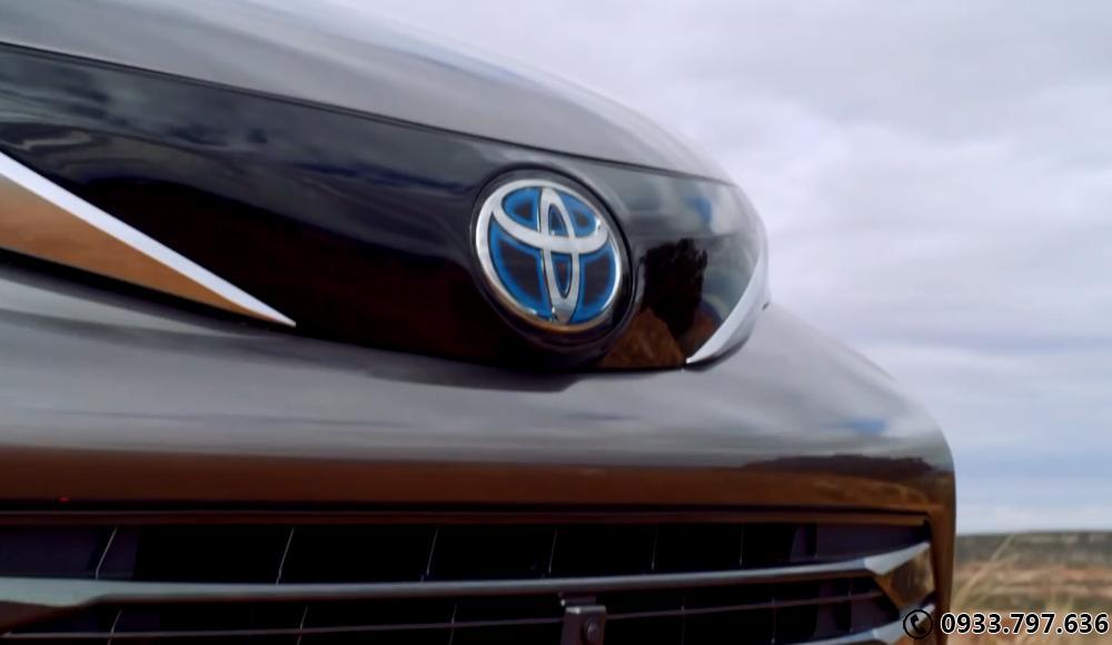 Toyota Siena Platium 2021 full options Ngoại thất đẹp